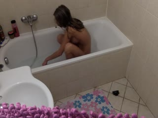 适合和可爱的吉娜·格森惊人的腹肌自制淋浴手手高潮-FIT AND CUTE GINA GERSON AMAZING ABS HOMEMADE SHOWER MASTURBATION ORGASMS